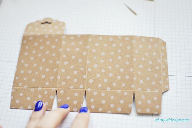 Stampin-Up-Verpackung-Kartenset-Hip-Hip-Hurra-Stanze-Gewellter-Anhanger-Anleitung-schnipseldesign-6