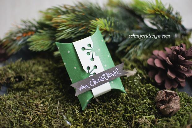 stampin-up-unterm-christbaum-pillow-box-vanille-pur-gesammelte-grusse-weihnachten-espresso-embossing-schnipseldesign-osterreich-1