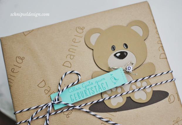 Geschenkpapier-selbst-gemacht-Packpapier-schnipseldesign-rotfux-alphadot-geschenk-geburtstag-2