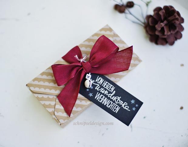 stampin-up-stanz-falzbrett-umschlage-unterm-christbaum-willkommen-weihnacht-geschenk-verpackung-schnipseldesign-osterreich-1