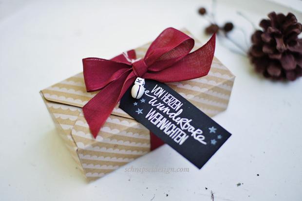 stampin-up-stanz-falzbrett-umschlage-unterm-christbaum-willkommen-weihnacht-geschenk-verpackung-schnipseldesign-osterreich-2