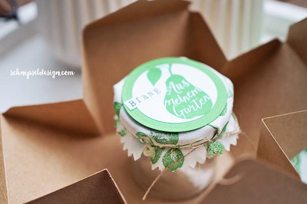 stampin-up-marmelade-verpacken-geschenkschachtel-grasgrun-punktchen-spitzenband-silhouettenspruche-alphabet-drehstempel--schnipseldesign-osterreich-2