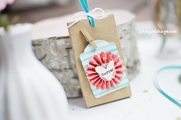 stampin-up-schokolade-ziehverpackung-etikettanhanger-painted-petals-bermudablau-schnipseldesign-osterreich-1