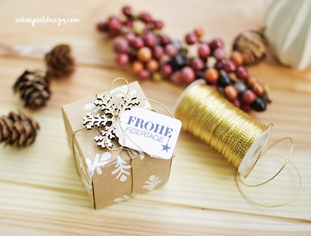 stampin-up-stanz-falzbrett-geschenkschachteln-akzente-schneeflocken-Winterliche-weihnachtsgrusse-schnipseldesign-osterreich-1